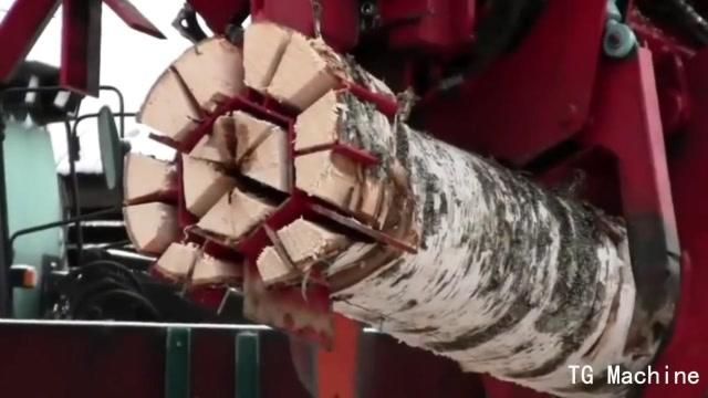 強大的木材粉碎神器,瞬間將樹木切成18塊