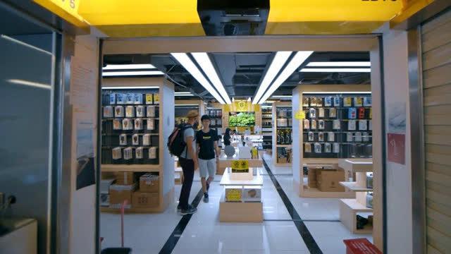 外媒眼中的深圳华强北 世界上最神奇的产品市场