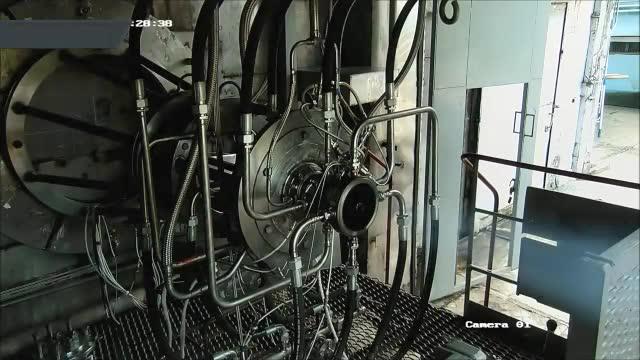 世界首台脉冲火箭发动机点火视频:推力震撼