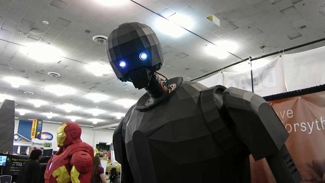 用纸制作星球大战K-2SO机器人