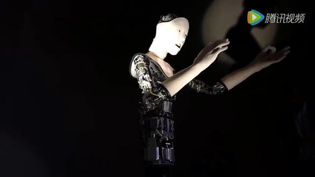 瘆人!这个日本仿生机器人会突然吓你一跳