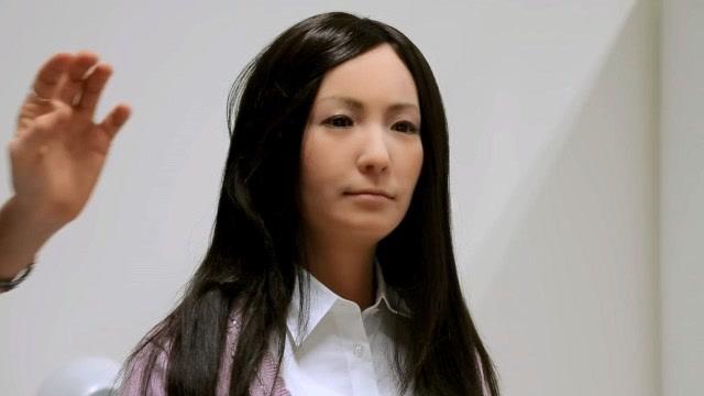 超逼真混血美女机器人 面部表情丰富