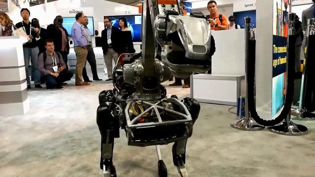 波士顿动力最新机械狗 机动性能堪比真狗
