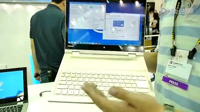 可拆卸鍵盤自由旋轉 東芝Kira L93中文動手玩