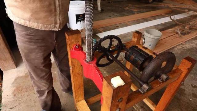 你见过150年前的苹果榨汁机吗