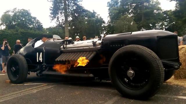 1500马力42000cc的大排量老爷车,启动后直喷火!