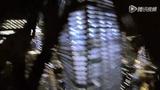 神人纽约高塔定点跳 无保护垂直下落惊出一身汗