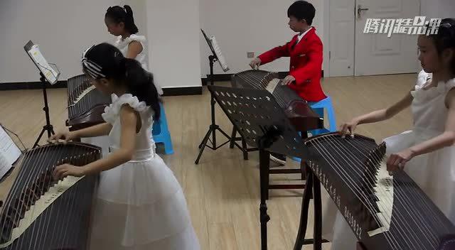 古筝小组课 《瑶族舞曲》