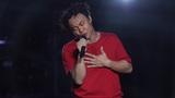 陈奕迅 - 抱拥这分钟(LIVE)