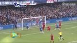进球视频:路易斯头球助攻 登巴巴打空门得手