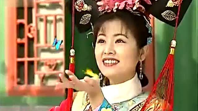 《还珠格格》小燕子紫薇香妃三人跳舞,引来满院蝴蝶