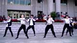 中学生热舞社校庆舞蹈表演,很不错喔