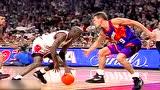 这变向问你怕不怕 乔丹93年总决赛过人上篮打2+1头像