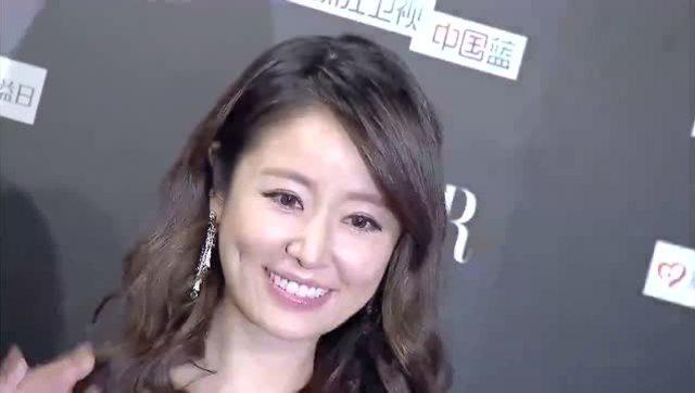 林心如怀孕也不闲着 低调到韩国逛街