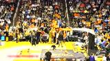 NBA赛场奇葩瞬间 奥尼尔舍命救球杜兰特人鞋分离头像