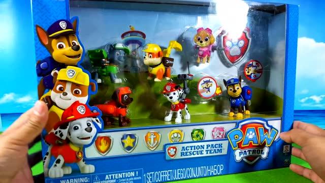 狗狗巡逻队-玩具 Paw Patrol Toys in Pool视频