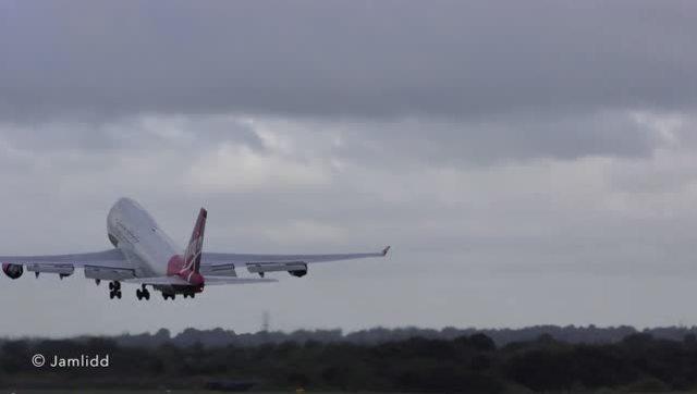 波音747超短距离起飞