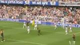 视频:阿扎尔无人防守竟踢飞 切尔西错失绝杀