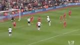 进球视频:费迪南德头球中柱 范佩西补射空门