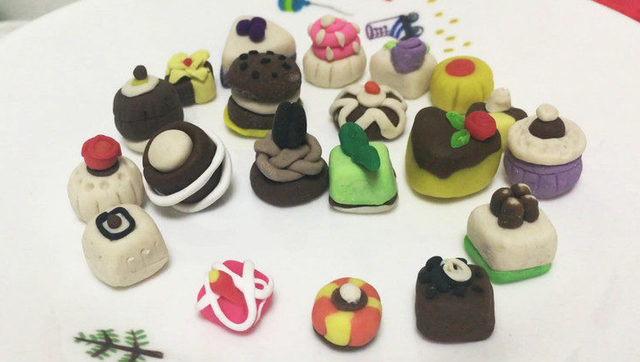 玩具视频 橡皮泥手工制作甜甜圈 亲子游戏