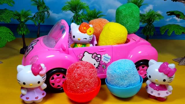 凯蒂猫小汽车运来 雪花彩泥变出惊喜奇趣蛋