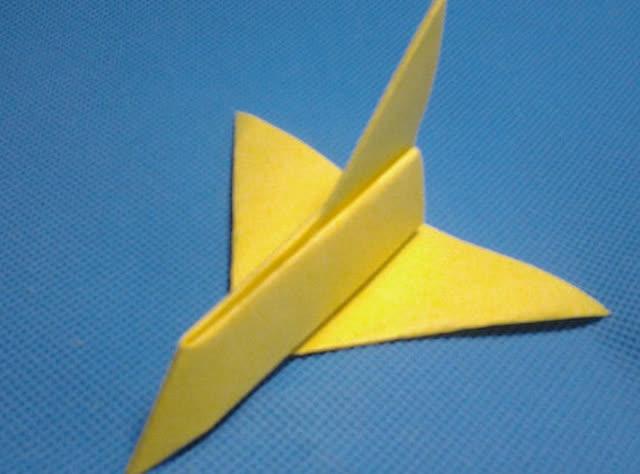 怎样折纸飞机大全6