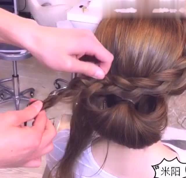 简单易学的新娘伴娘发型