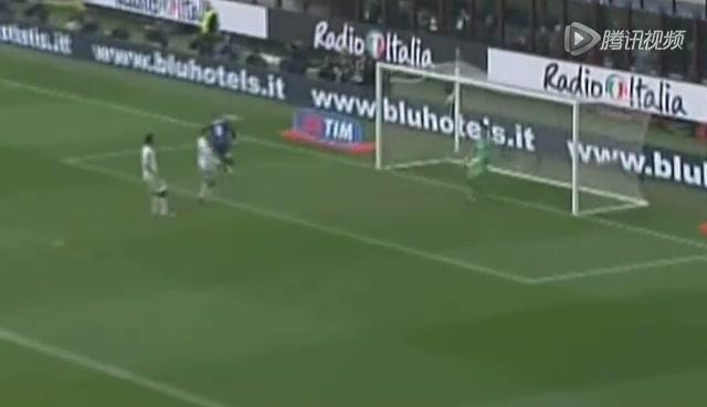 进球视频:卡萨诺精准传球 帕拉西奥头球破门