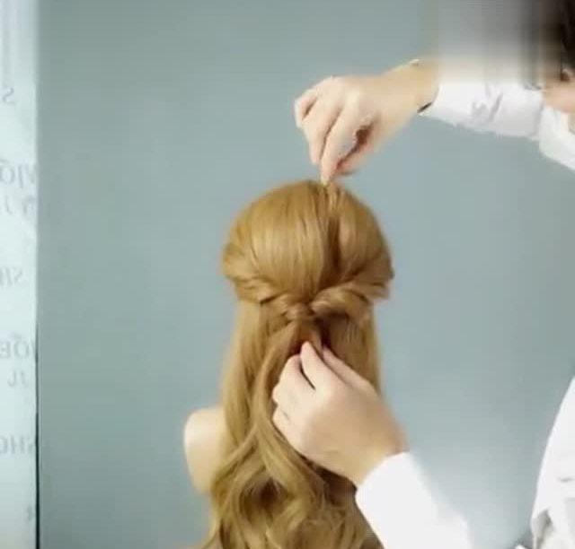 简单易学的丸子头扎法 - 腾讯视频