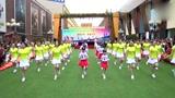 小学生现在流行这种鬼步舞,连老师们都跟着跳!