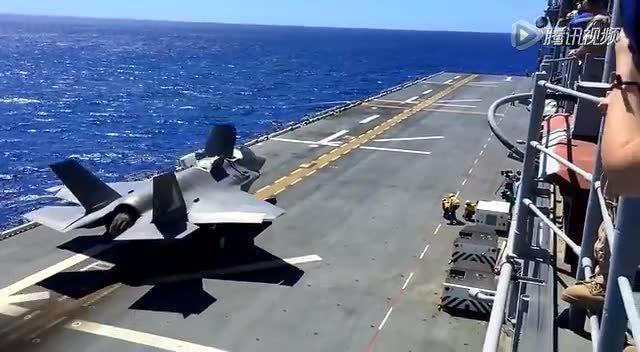 喷气式飞机军舰上起飞降落