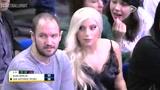 大牌观战!Lady Gaga携神秘男伴观看季前赛