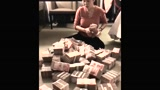 姑娘中彩票300万,一时不知道这些钱该怎么办,有钱也发愁啊