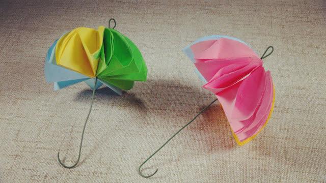 小爱的折纸 漂亮的小雨伞
