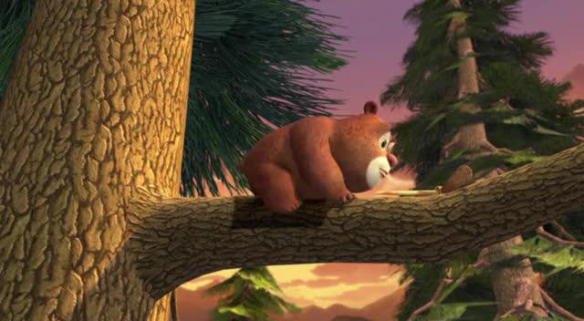 熊大小时候爬树的样子好可爱啊