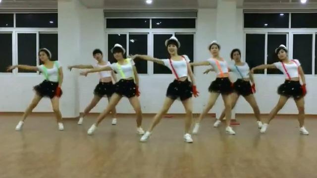 青春修炼手册舞蹈视频教学微信猜歌超人正确答案是什么?微信猜