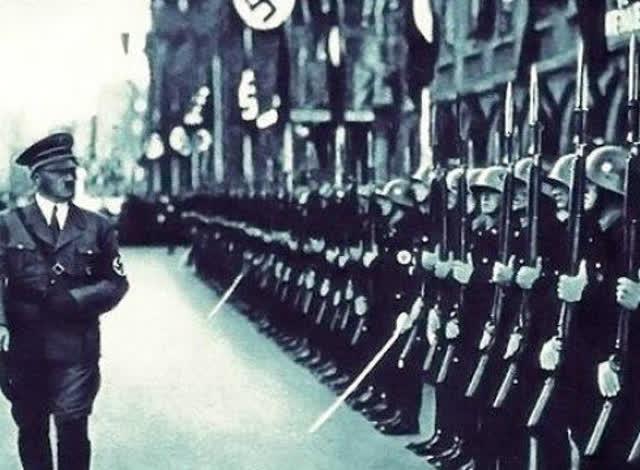 求一部关于二战德国纳粹的电影