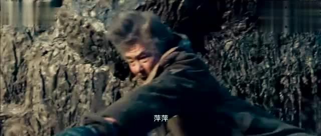 鬼吹灯之精绝古城:昆仑山下发现九层妖塔,火瓢虫遍布山内