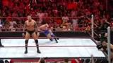 WWE:兄弟齐心,合力断金,兰迪联手塞纳大战野兽巴蒂斯塔