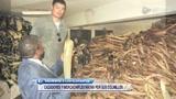 视频:姚明非洲行倡环保 近距离接触死亡动物