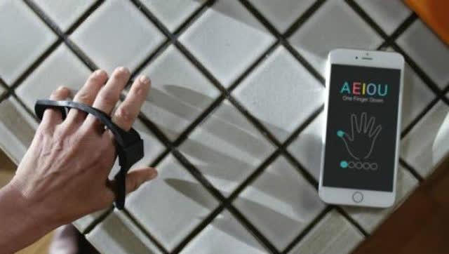 ces2017:背包界黑科技 智能背包hismart pro图片