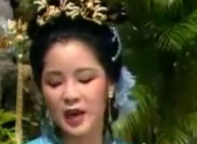 邓丽君古装版演唱的《虞美人》一直被模仿却从未被超越 太美了