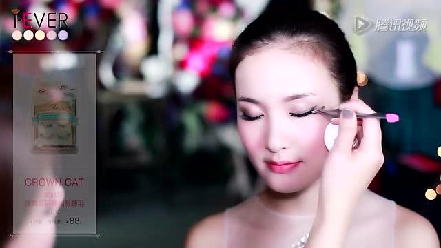 化身电影气质美人