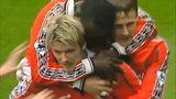 英超末轮经典战 小贝助曼联逆转取胜成就三冠伟业头像