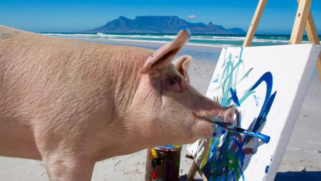 猪是最聪明的动物之一,还会画画,作品被狂抢