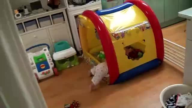 小猪佩奇玩具视频凯蒂猫秋千屋开封-悍马摇篮腾讯视频h3图片