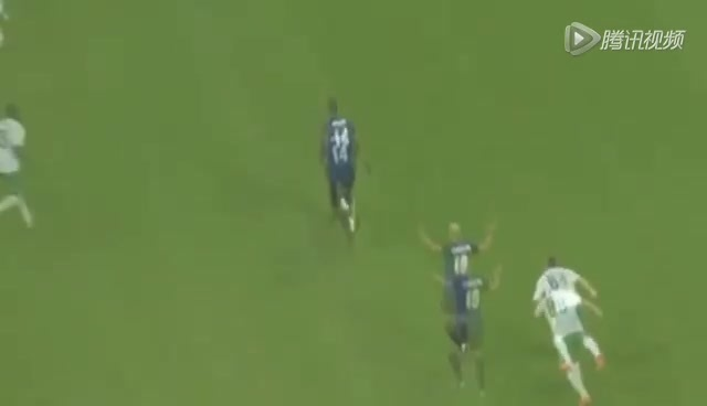 进球视频:瓜林抢断奔袭半场 过数人低射扳平