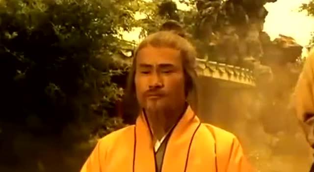 成奎安有事要求林正英,还摆谱,林正英让徒弟给他个下马威!图片