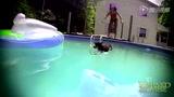 视频:慢镜拍美女跳水瞬间 拨泳衣清凉无比