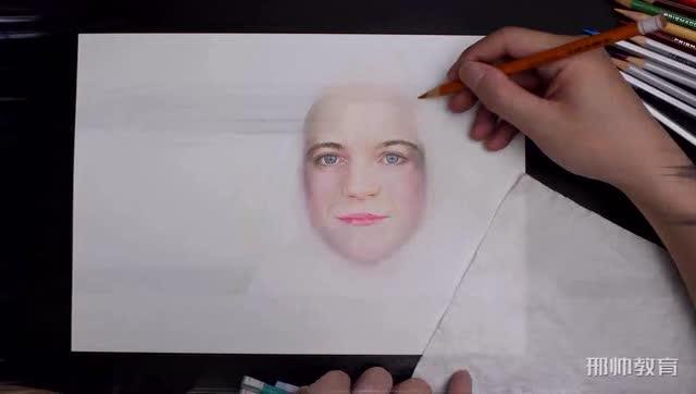 写实彩铅画人物第四步铺色完了之后完善脸部细节